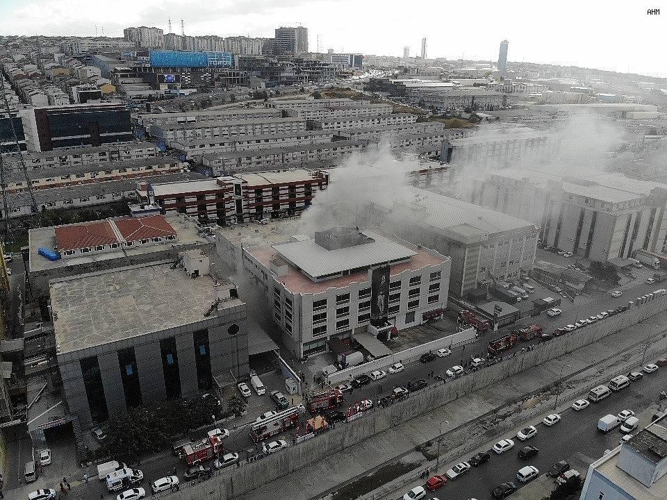 2020/09/istanbulda-sanayi-sitesinde-yangin--20200916AW11-2.jpg