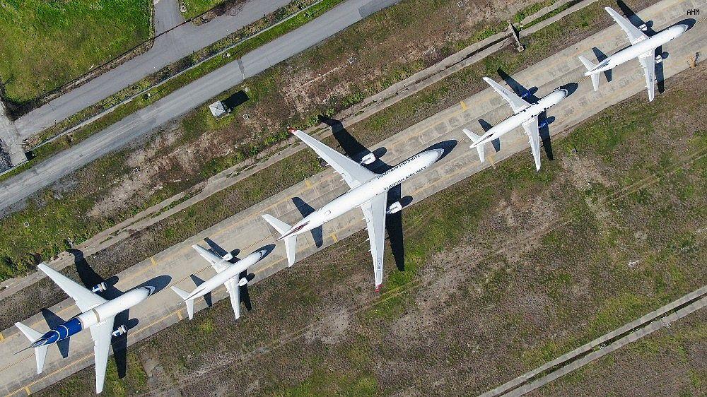 2021/03/ataturk-havalimaninda-onlarca-ucak-yolcularini-bekliyor-20210301AW25-3.jpg