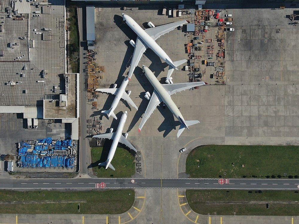 2021/03/ataturk-havalimaninda-onlarca-ucak-yolcularini-bekliyor-20210301AW25-4.jpg