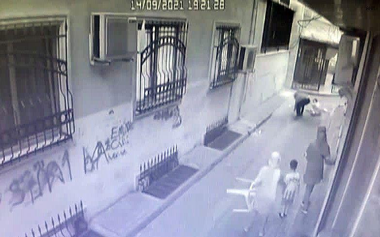 2021/09/zeytinburnundaki-kadin-cinayeti-kamerada-20210915AW41-1.jpg