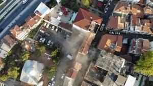 Balat'ta 3 tarihi binanın bir kısmı yıkıldı