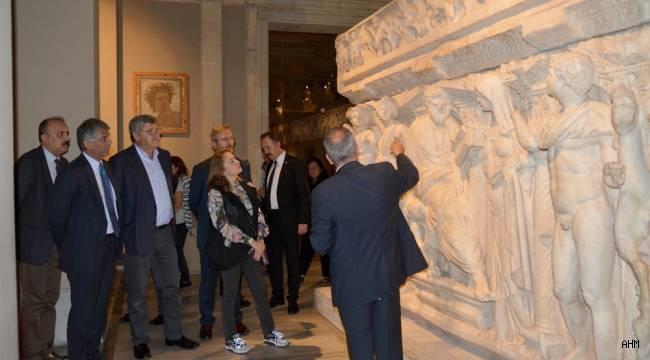 İstanbul Arkeoloji Müzelerinde Tarihin Kapıları Yeniden Açıldı