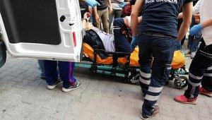 Esenyurt'ta Sokak Ortasında Silahla Vuruldu