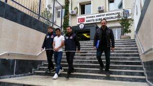 İstanbul'da, elindeki bıçakla 3 taksiciyi gasp eden şahıs tutuklandı