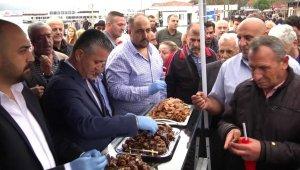 Üsküdar Marmaray istasyonunda pestilli kemençeli tanıtım