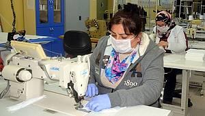 Avcılar Halk Merkezi'nden 'gönüllü maske dikimi'
