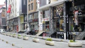 Merter ve Laleli tekstil piyasası sessizliğe büründü