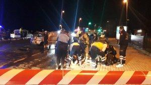 Minibüs Otomobile Çarptı: 1 ölü, 3 yaralı