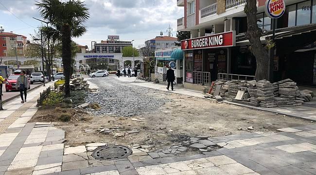 Marmara Caddesi'nin yolları bakımda, Reşitpaşa Caddesi yaya şeridine kavuştu!