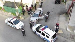 İstanbul'da polisin dur ihtarına uymayan şüpheli şahıslar drone yardımıyla yakalandı