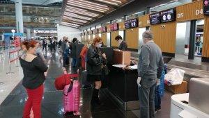 Yabancı yolcuların tahliye uçuşlarıyla ülkelerine dönüşü sürüyor