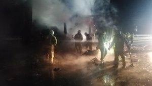 Medikal maske yüklü tır dorsesinde yangın
