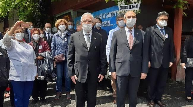 Duayen hoca Prof. Dr. Mehmet Emin Darandeliler fakültede anıldı