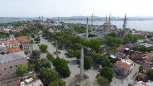 İstanbul'un göz bebeği tarihi meydanları boş kaldı