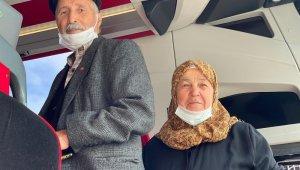 Seyahat izin belgesi alan 65 yaş ve üzeri vatandaşlar yollara düştü