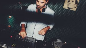 DJ'ler albüm gelirlerini COVID-19 mücadelesine bağışlıyor