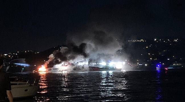 Bebek'te lüks tekne alev alev yandı