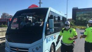 Polisten minibüs denetimi