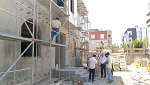 Avcılar Kaymakamı İnan inşaatı devam eden Polis Merkezinde incelemelerde bulundu