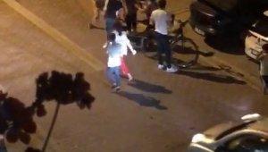 Esenyurt'ta kızlar tekme tokat birbirine girdi