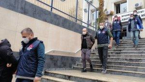 İş adamlarına tuzak kurup 1.7 milyon gasp eden çete çökertildi