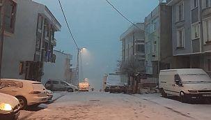 İstanbul'da Gece Başlayan Avcılar'da Kar Yağışı Etkili Olmadı