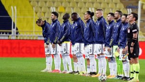 Fenerbahçe'den 3'lü savunma kurgusu