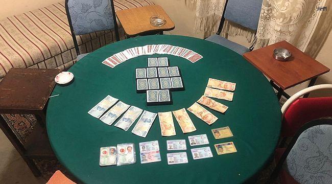 Maltepe'de kumarhaneye çevrilen iş yerine baskın