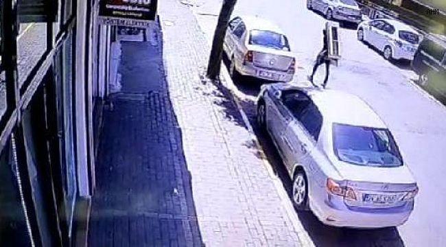 Tırmanarak Eve Giren Hırsızlar Kamerada