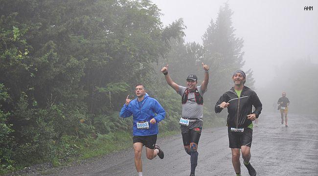 """Çekmeköy Ormanları """"İstanbul Ultra Trail"""" yarışlarına ev sahipliği yaptı"""
