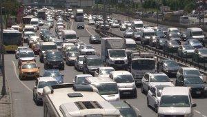 Kısıtlamasız Cumartesi gününde trafik yoğunluğu