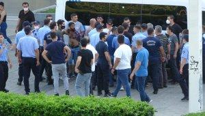 Gezi Parkı'nda taşlı sopalı bıçaklı kavga