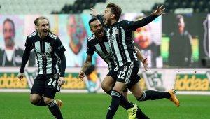 Beşiktaş'ta Adem Ljajic kadro dışı bırakıldı