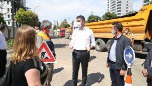 Başkan Gökhan Yüksel, Tekel Caddesi'ndeki altyapı çalışmalarını yerinde inceledi