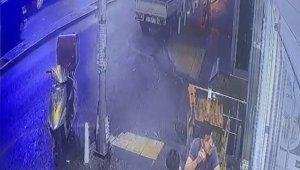 "İstanbul'da ""omuz atma"" cinayeti kamerada!"