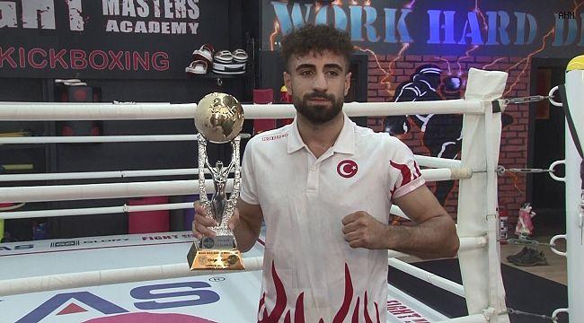 Şampiyon kick boksçu, İtalya'da ikinci kez kupa kaldırmak için hazırlanıyor