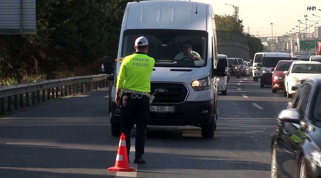 Usulsüz çakar kullanan sürücülere ceza yağdı