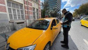 Mecidiyeköy'de taksi denetimleri devam ediyor