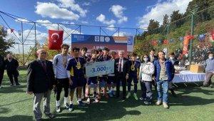 Üsküdar'da liseler arası turnuvanın şampiyonu belli oldu