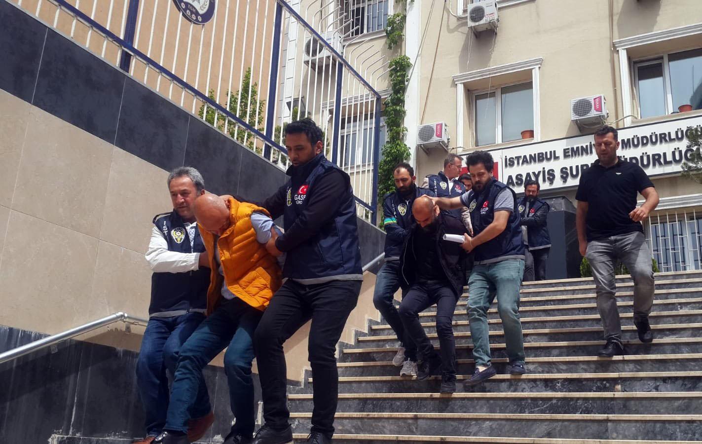İstanbul'da film gibi soygun yapan gaspçılar yakalandı!