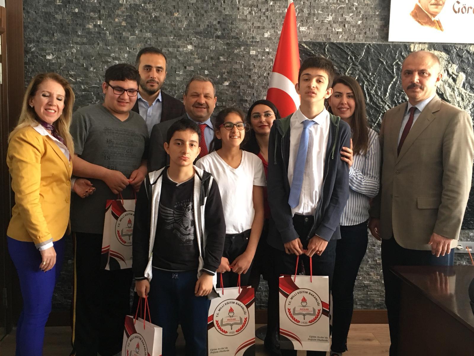 Özel Eğitim Öğrencilerinden Milli Eğitim Müdürlüğüne Ziyaret