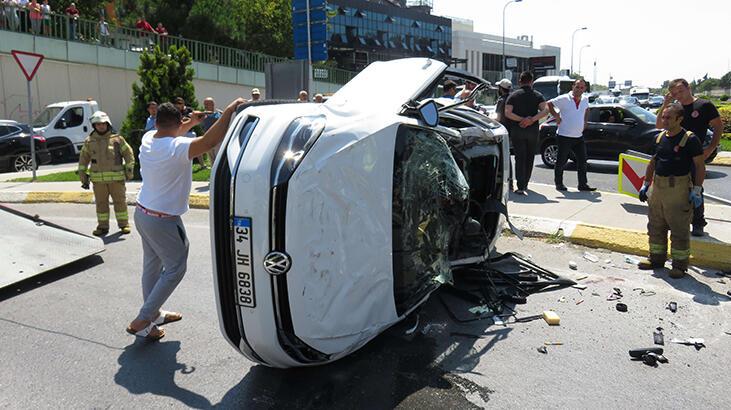 İstanbul'da Feci Kaza! Yol Kapandı...