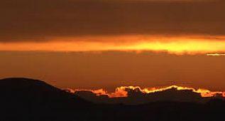 Karla Örtülü Yayladaki Gün Batımında Eşsiz Manzara Mest Etti