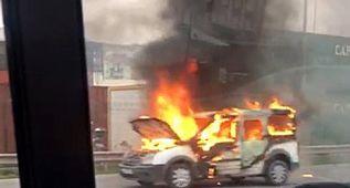 Avcılar'da trafikte yangın dehşeti