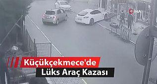 Küçükçekmece'de Lüks Araç Kazası