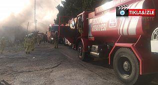 Avcılar'da geri dönüşüm merkezinde büyük yangın